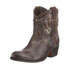 FRYE Deborah Studded Ankle Boot | Brown | 9.5